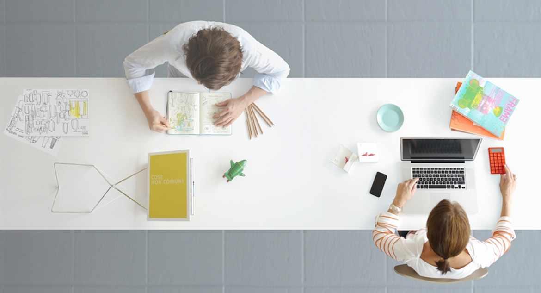 В крупных компаниях дизайнеры работают в команде