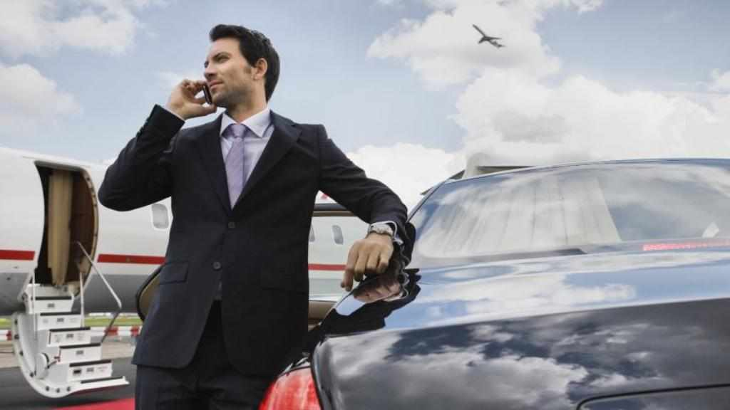 ТОП-менеджеры - первые лица предприятия, причаствующие к высшему управленческому звену