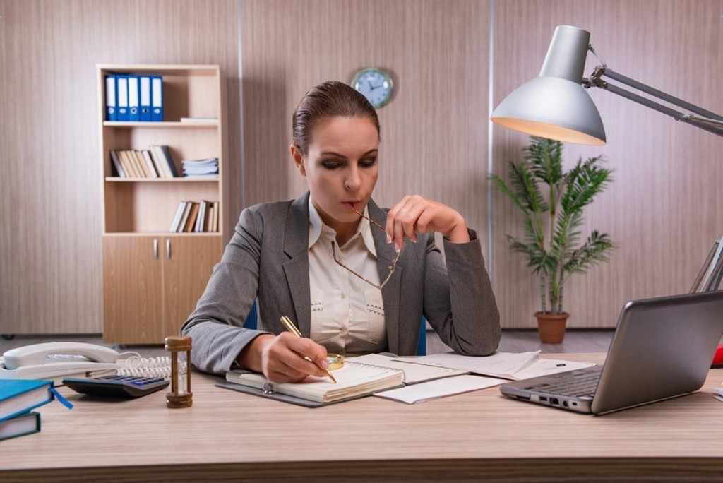 Сегодня учиться на бухгалтера можно дистанционно, а работать по профессии – удалённо