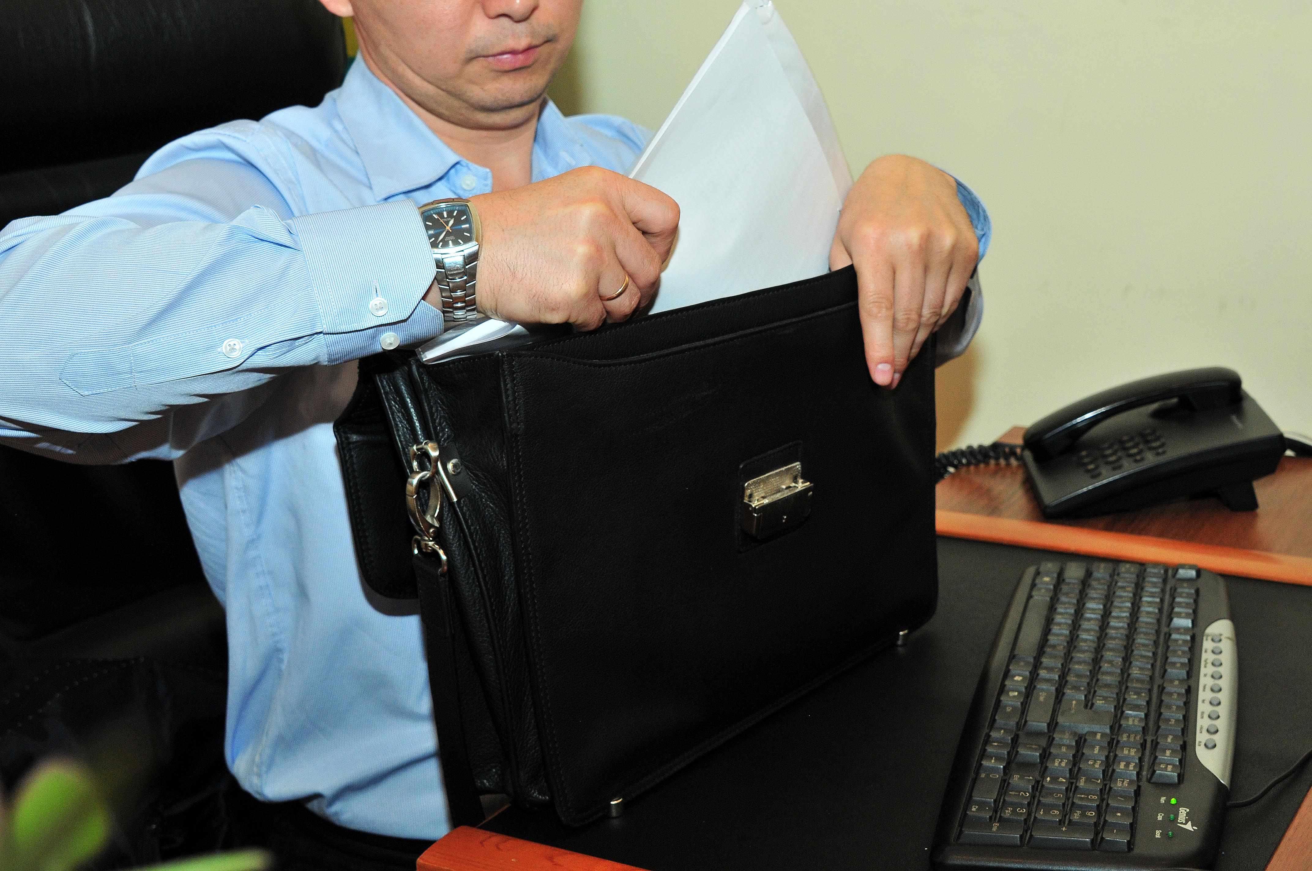 Референт выполняет информационные и координационные функции, обеспечивает выполнение государственными органами установленных задач