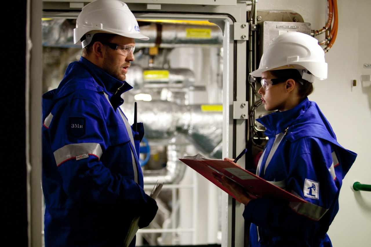 Инженер ПГС – универсальная строительная профессия, представители которой работают над всеми этапами возведения общественных и промышленных объектов: от проектирования до ввода в эксплуатацию и создания необходимой