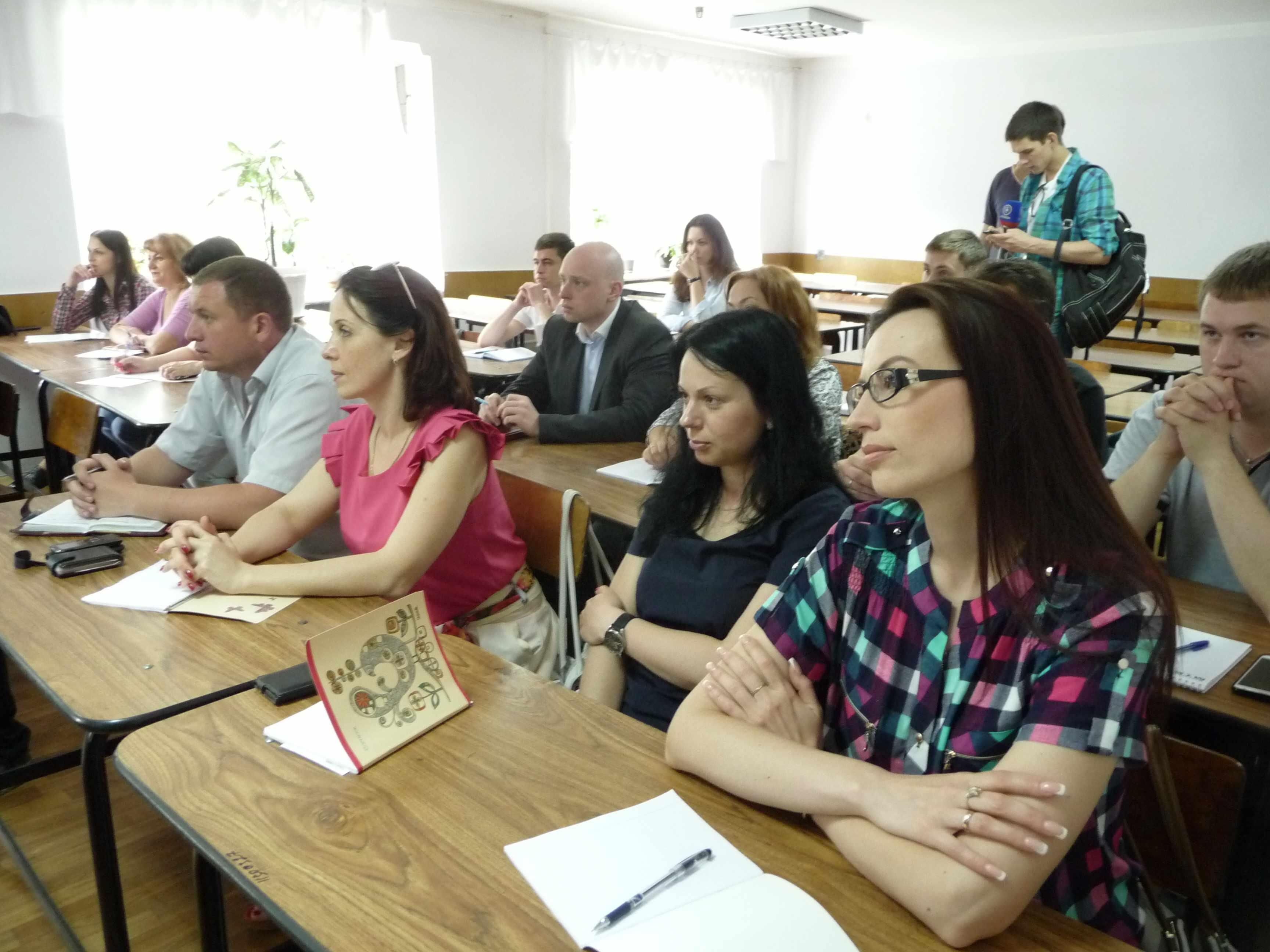 Обучение включает прохождение лекций и семинаров