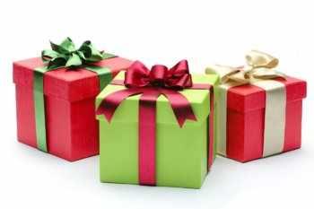 Стоит ли дарить подарки преподавателю